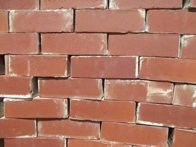 Pinotage brick Holes